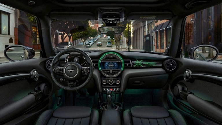 MINI 5-door Hatch dashboard