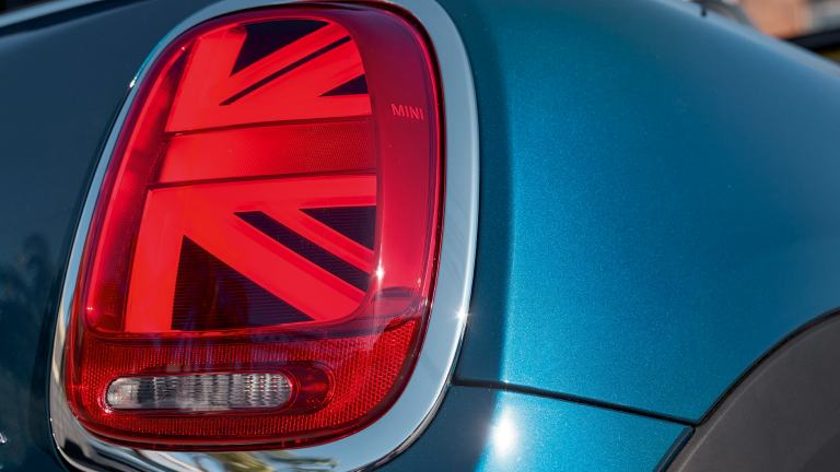 MINI Convertible Sidewalk Edition – rear light – Union Jack