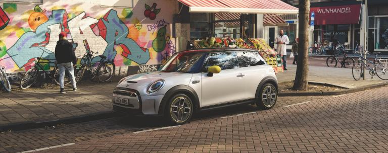 Reserve your MINI Electric